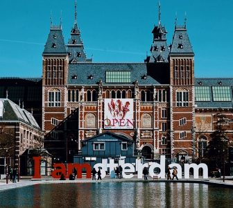 Rijksmuseum + Van Gogh Museum Skip-the-Line Guided Combo Tour – Private Tour in Italian