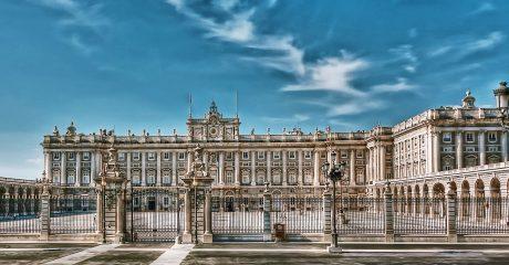 Palacio Real de Madrid Skip-the-Line Guided Tour – Private Tour in Italian