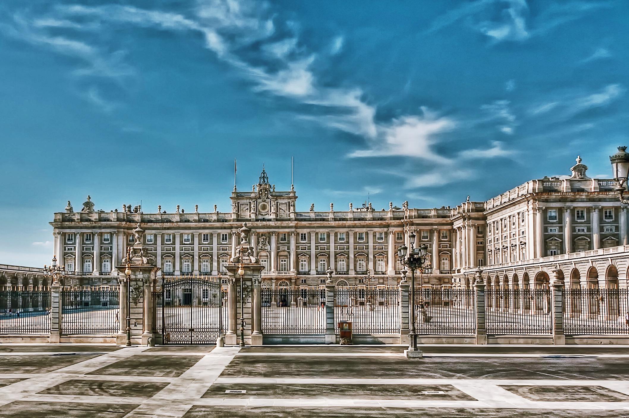 Madrid-Real-Palacio-Museum-Tour