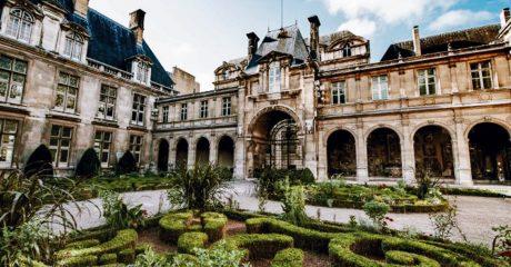 Le Marais District Guided Walking Tour – Private Tour in Italian