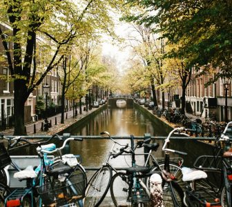 History of Amsterdam – City Center Guided Walking Tour – Private Tour in Italian