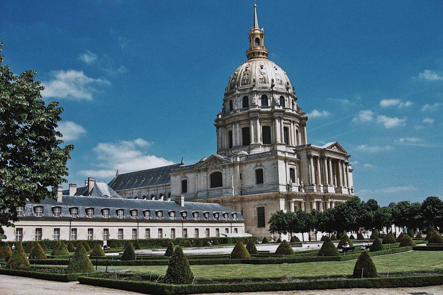 Tour-Invalides-WW2-Parigi